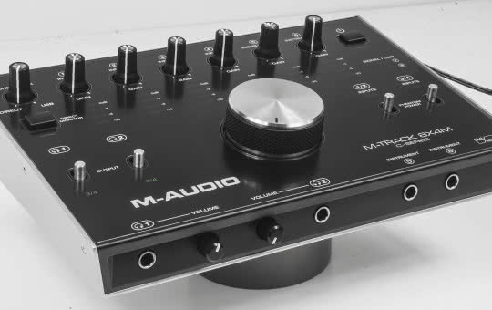 M-Track 8x4M - interfejs audio/MIDI