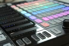 Maschine JAM vs. Maschine Studio MKII